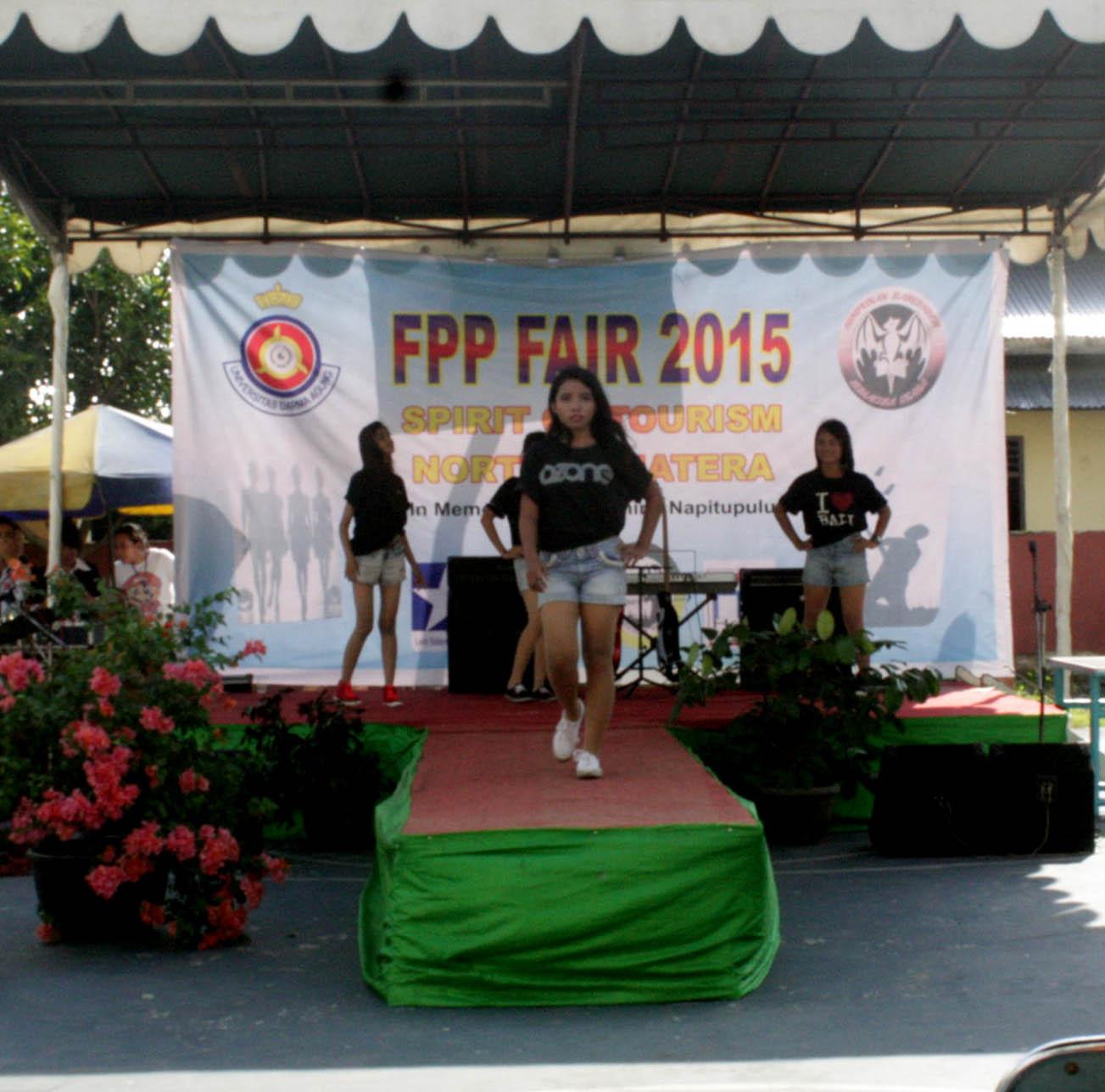 PESERTA MODEL FPP FAIR 2015